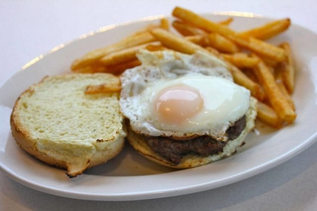 These restaurants are open for 24 hours, so you never have to be hungry at 3 a.m. again