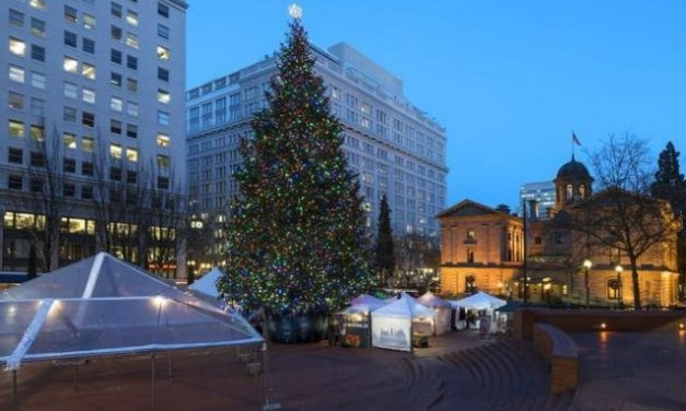 It's Holiday Time in Portland