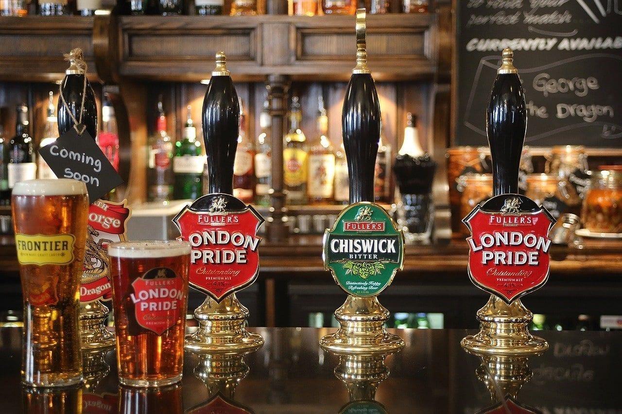 best london pubs, oldest london pub, biggest london pub