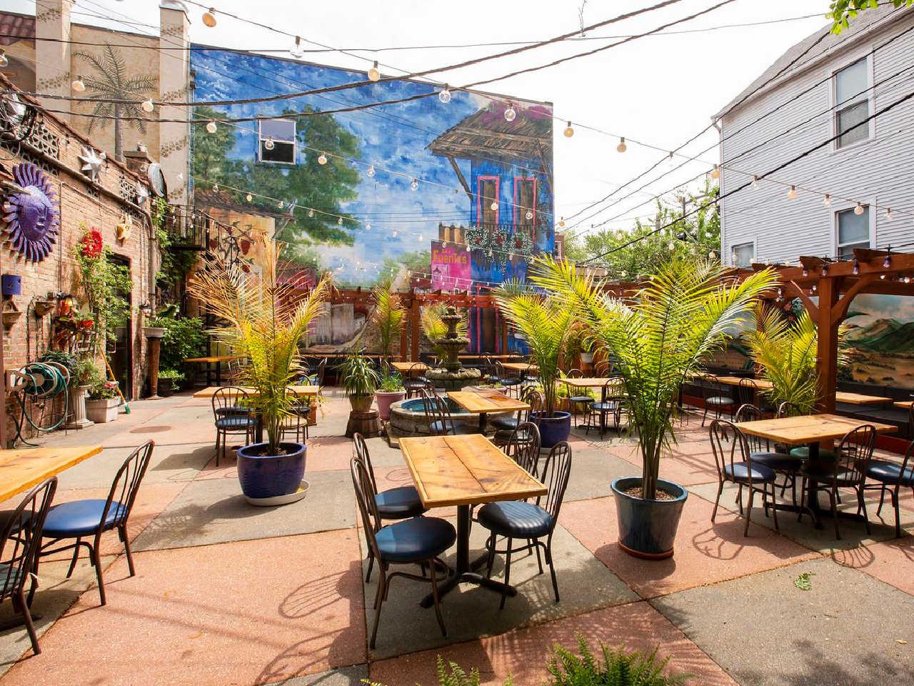 outdoor restaurants chicago, chicago outdoor restaurants, outdoor restaurants in Chicago
